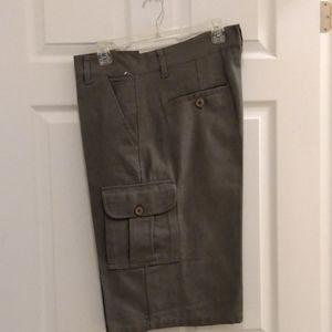 CMC cargo shorts - NWOT